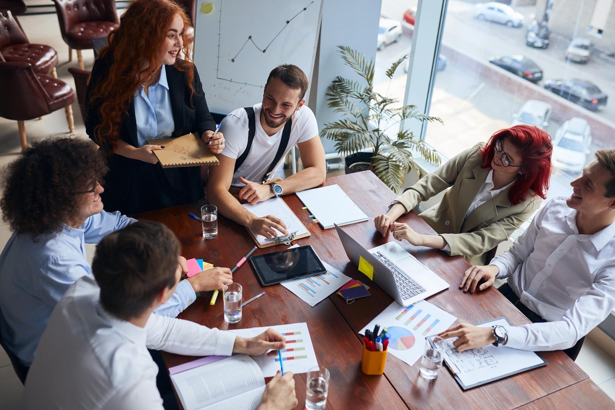 Kdo jsou spolupracující osoby zpohledu daně z příjmů a jak vám pomohou s daňovou optimalizací